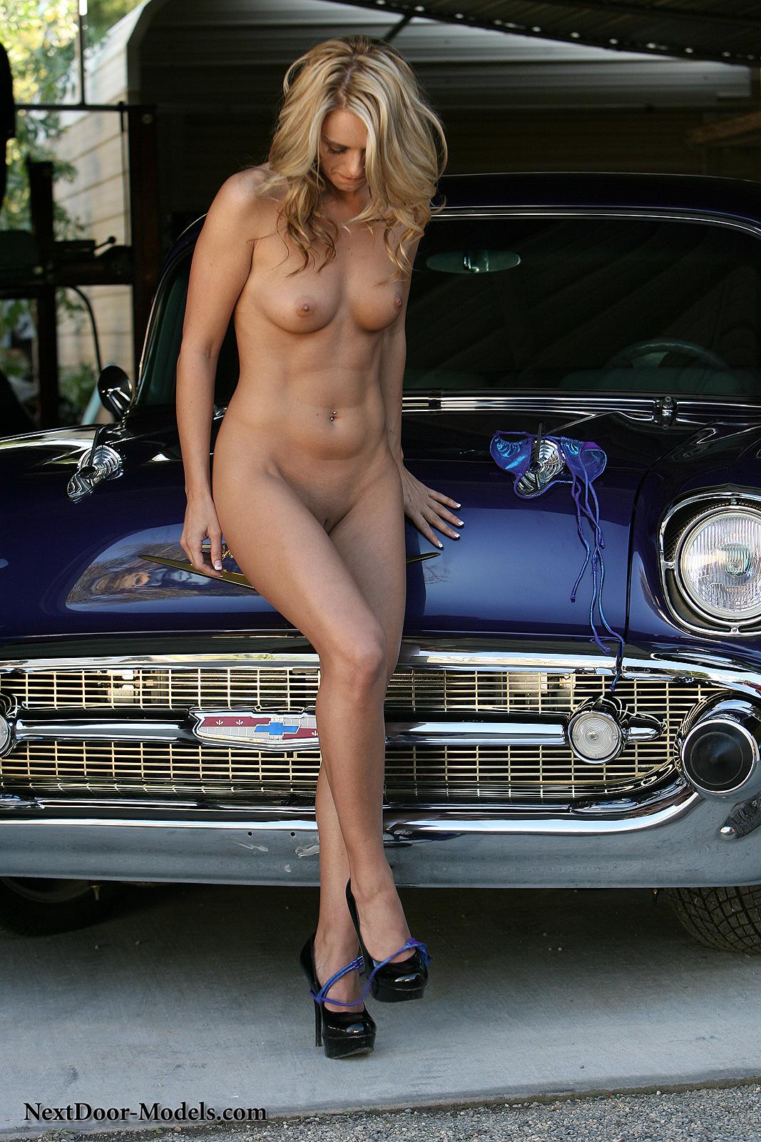 Britney car in nude